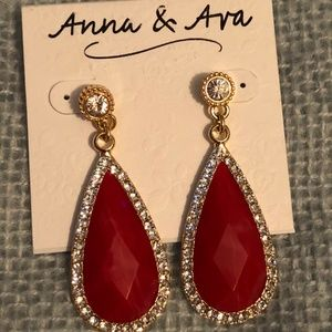 NWT!  Anna & Ava Red Earrings